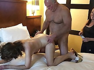 Sharing my girl again with friends blowjob group sex milf