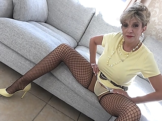 Edging Lessons With Aunt Sonia - LadySonia big ass big tits blonde