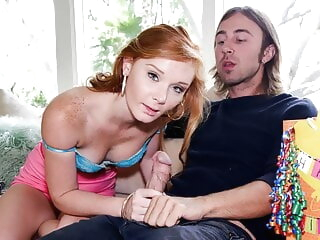 Young Petite Redhead Girl Gets Fucked Wide of Stepsister's Swain blowjob teen redhead